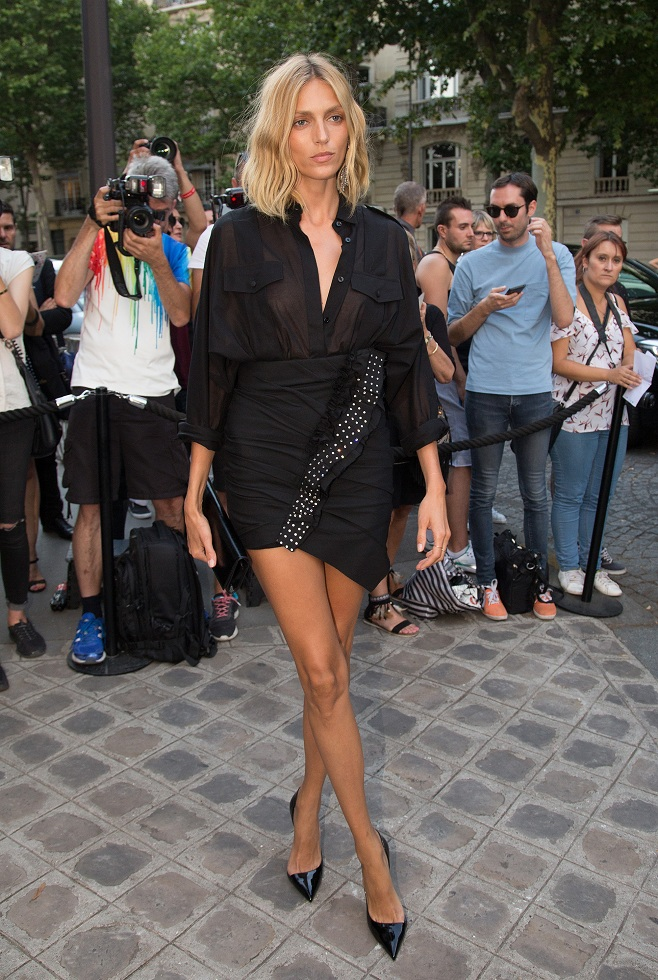 Anja Rubik in black